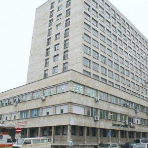 148 пациенти в ковид секторите на МБАЛ-Шумен, болните бавно намаляват