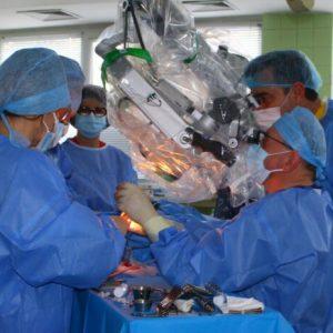 За първи път в Шумен: Поставиха кохлеарни импланти на двама пациенти