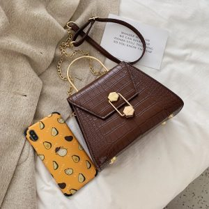 Какво издават дамските чанти за своите притежателки?