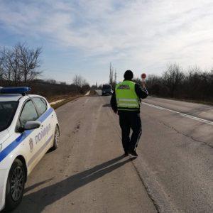 Над 1800 шофьори глобени за висока скорост през март в Шуменско